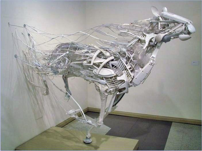 Скульптуры из мусора своими руками на  www.mozgochiny.ru _26