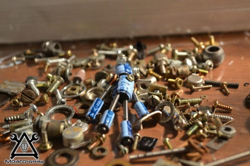Робот из мусора своими руками. Поделки для подарка на Мозгочинах (2)