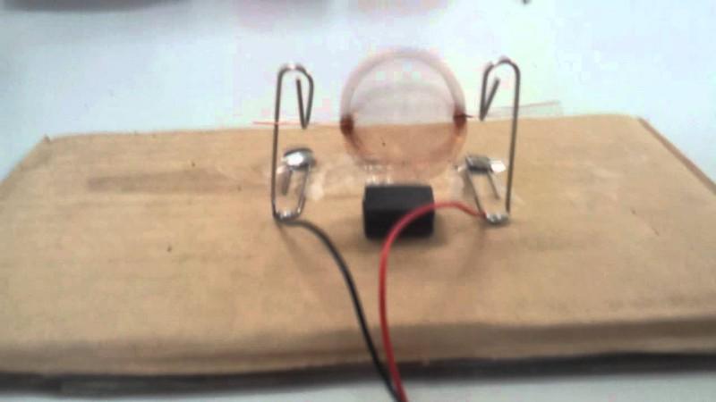 Самый простой электромотор в мире своими руками (5)