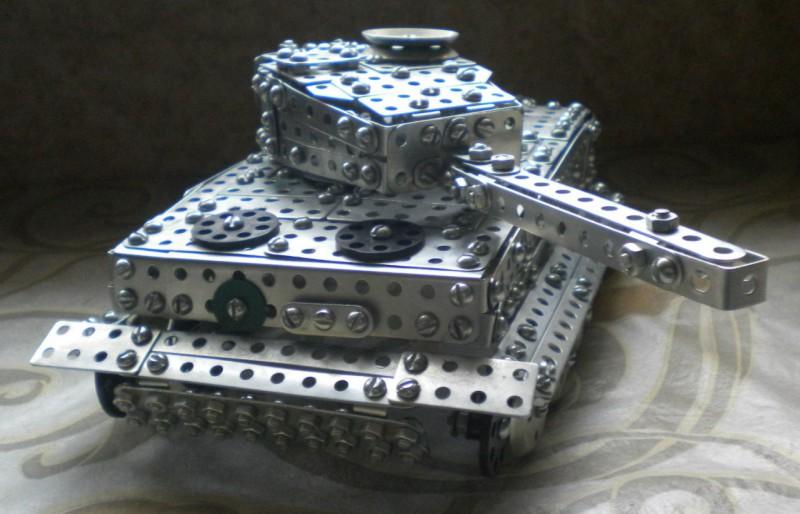Модели из металлических конструкторов - примеры самоделок (1)