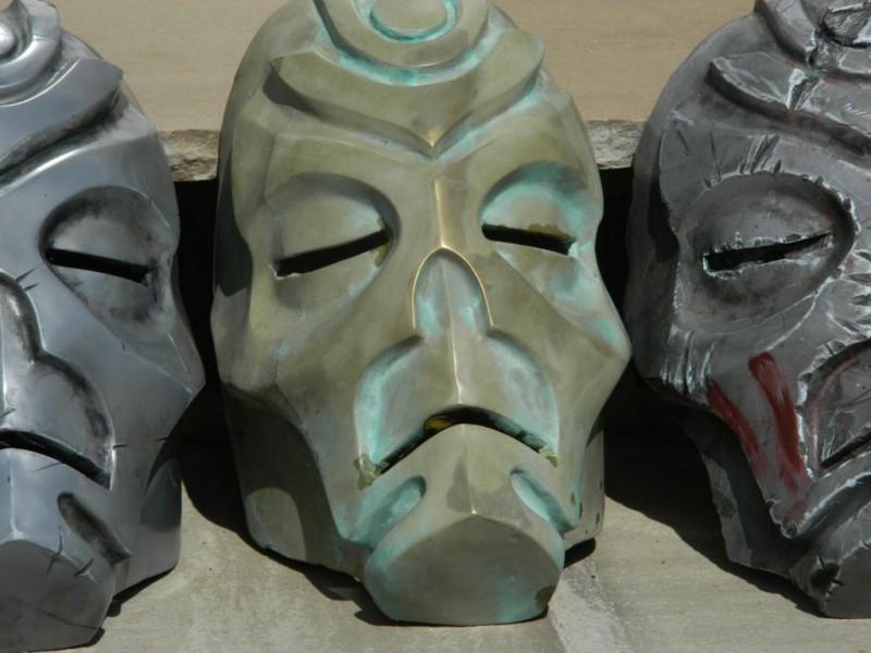 maska-iz-skyrim-holodnoe-lite-i-patinirovanie-svoimi-rukami14