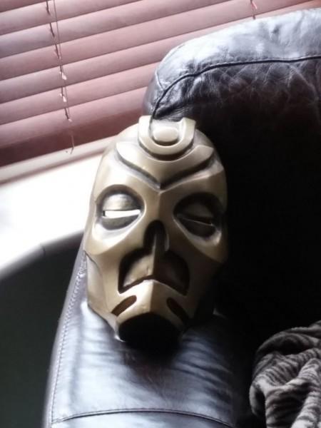 maska-iz-skyrim-holodnoe-lite-i-patinirovanie-svoimi-rukami19