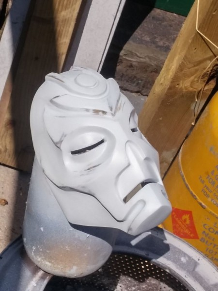 maska-iz-skyrim-holodnoe-lite-i-patinirovanie-svoimi-rukami20