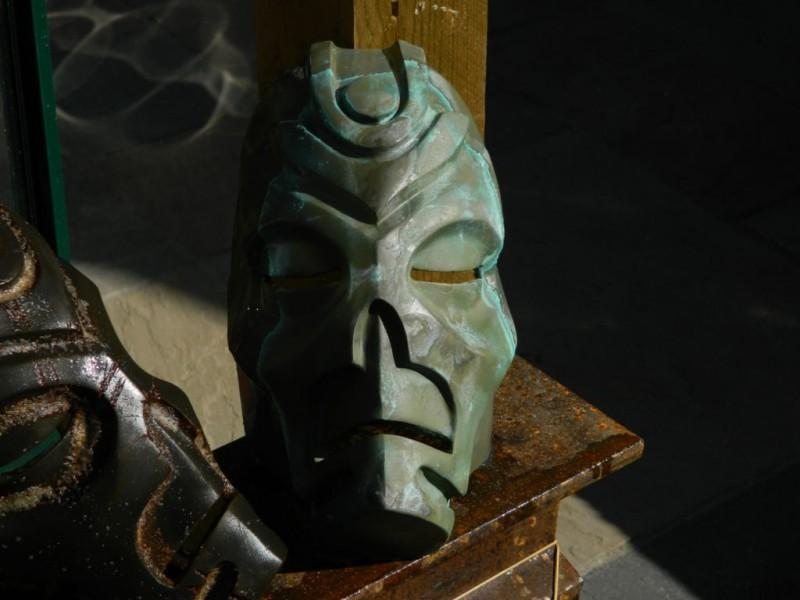 maska-iz-skyrim-holodnoe-lite-i-patinirovanie-svoimi-rukami65
