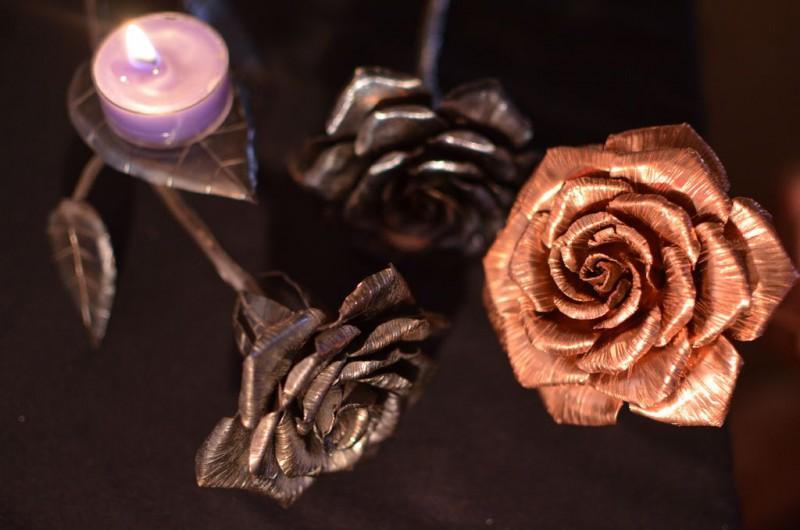 roza-iz-medi-svoimi-rukami23