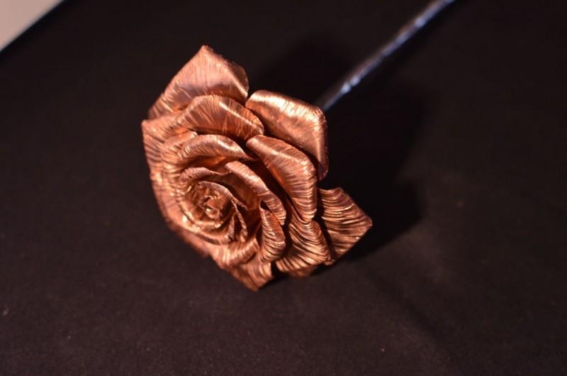 roza-iz-medi-svoimi-rukami24