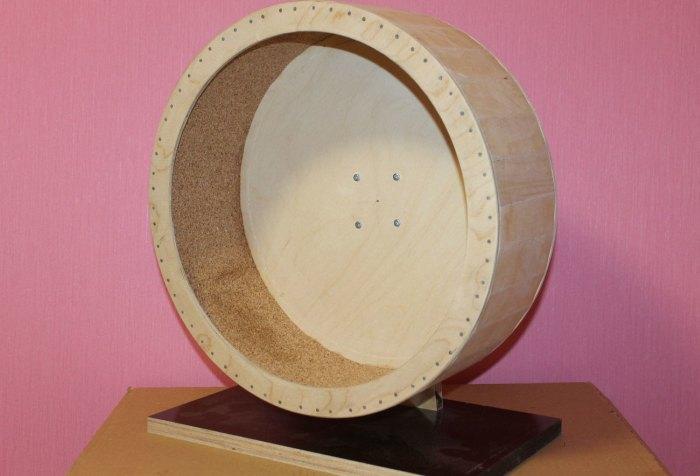 деревянное колесо для хомяка