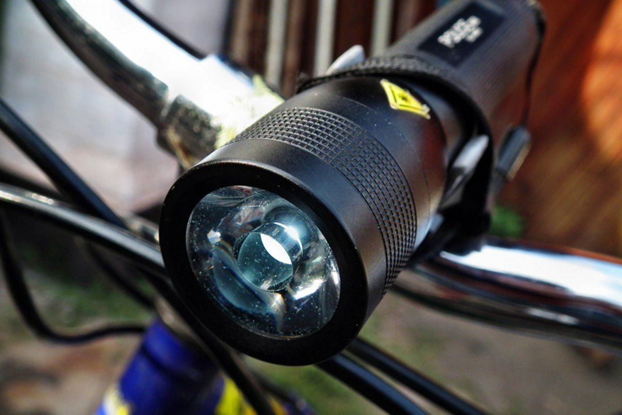 Как сделать фонарик на велосипед своими руками 100