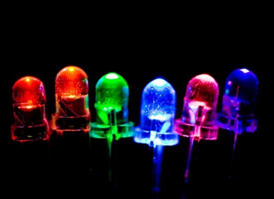 Светодиодная лента на самоклеящейся основе - Монтаж Как сделать цветные диоды