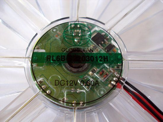 Наклейка с маркировкой модели вентилятора