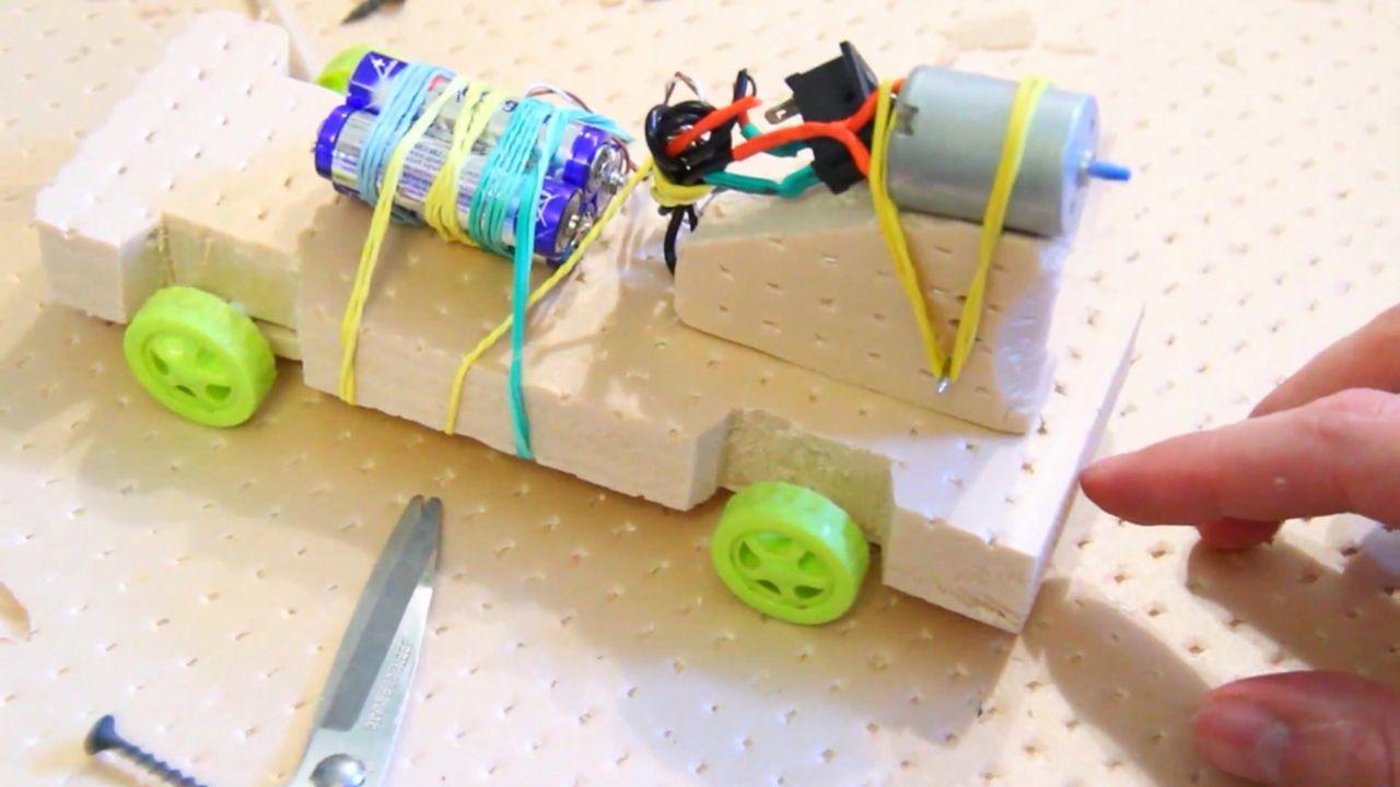 Технические игрушки своими руками