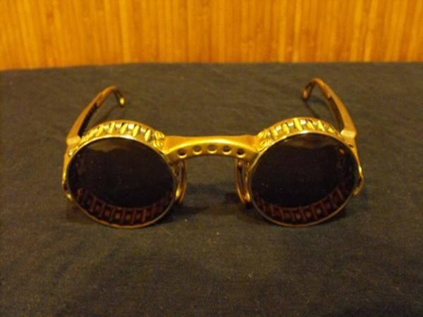 Самодельные стимпанк очки (Фото 36)