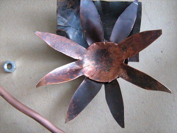 Цветок из металла (ворк) (Фото 18)