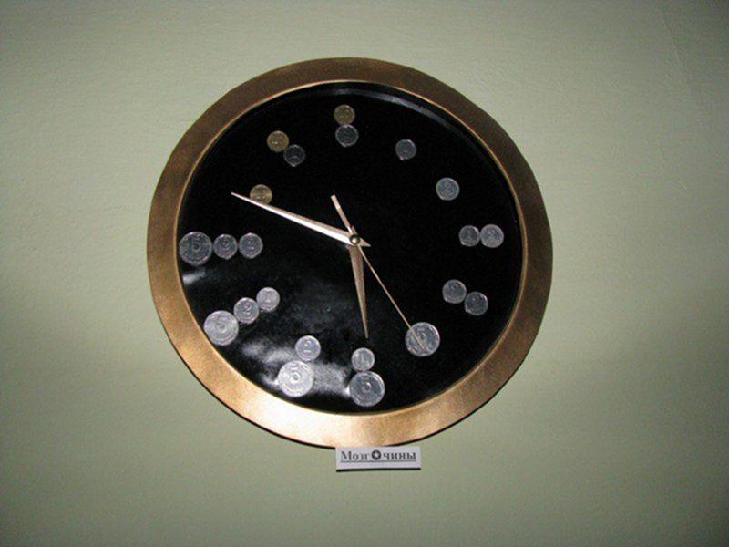 История часов насчитывает