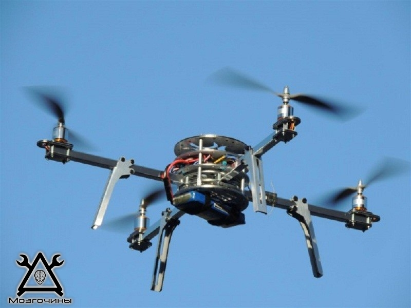 Quadcopter-flying-600x450