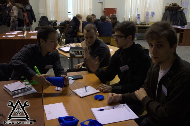 Рука робота своими руками. Управляемая механическая рука и перчатка. Школа FabLab. Самоделки (www.mozgochiny.ru) - 001 (18)