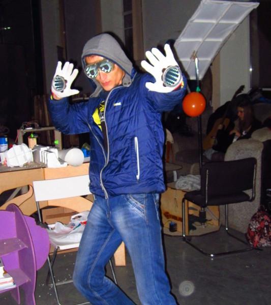 Мозго Очки своими руками - необычные самоделки к карнавалу или костюму супергероя от sTs - Brain Glasses  from mozgochiny(47)