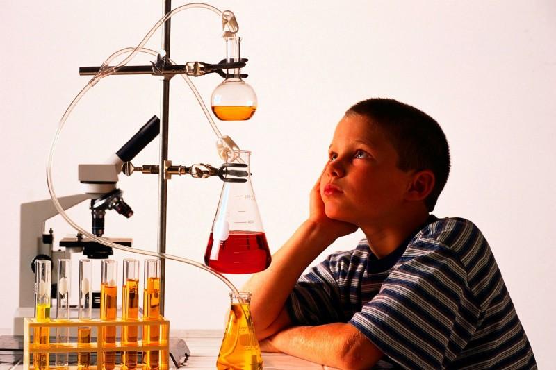 Интересные опыты по физике и химии своими руками