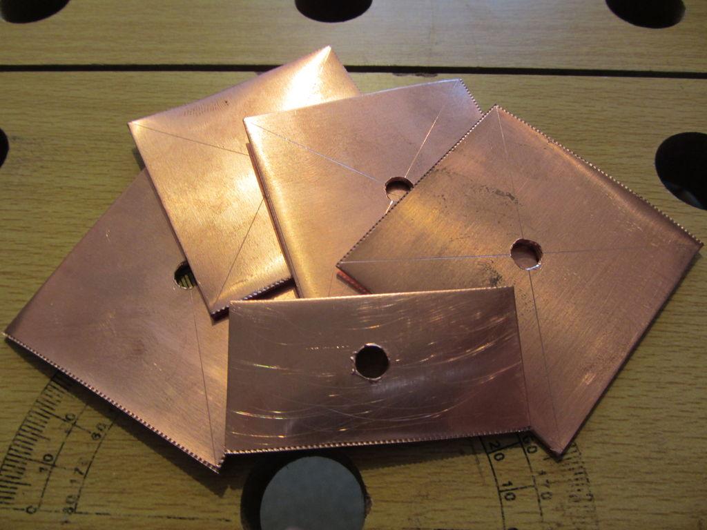 Как сделать металлические пластины 280