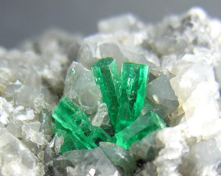 kak-vyirastit-…yie-kristallyi2