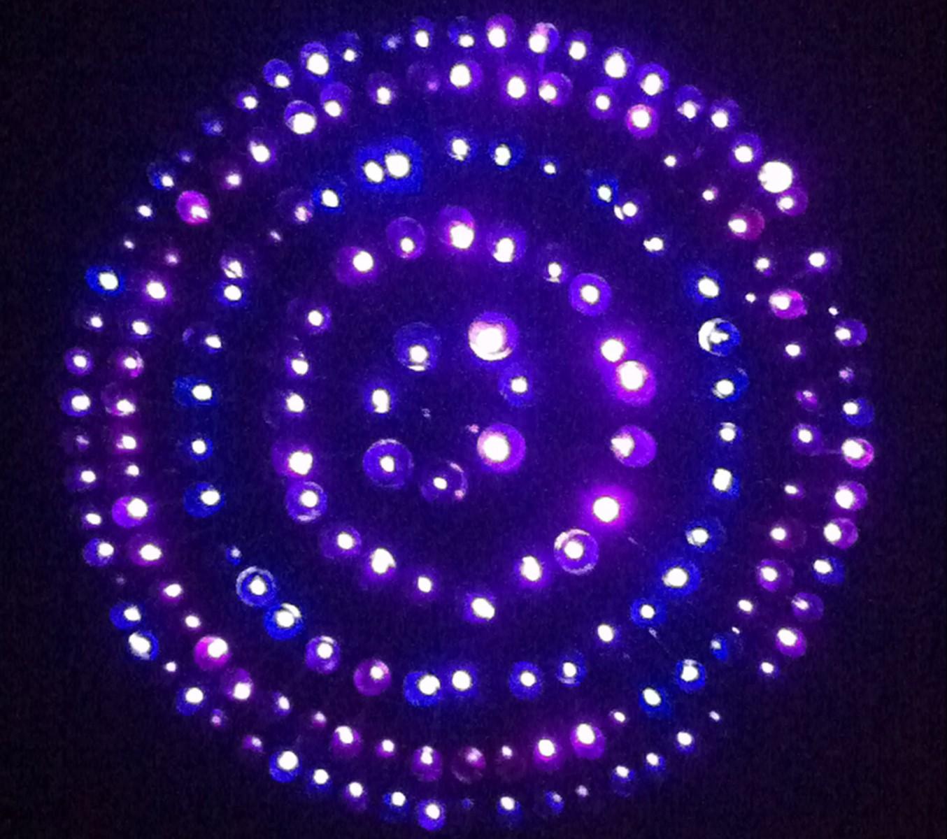 Люстра из светодиодной ленты своими руками фото