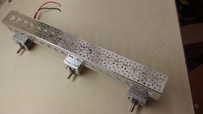 kak-sdelat-6wd-robot-na-alyuminievoy-rame15