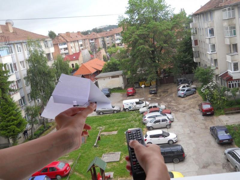 kak-sdelat-upr…nyiy-samoletik1