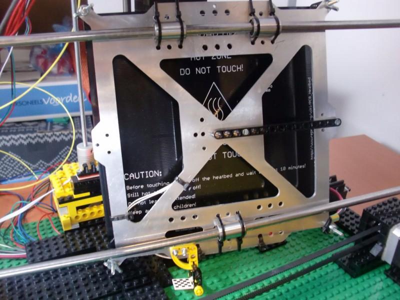 sobiraem-3d-printer-iz-lego-blokov-chast-110