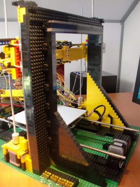 sobiraem-3d-printer-iz-lego-blokov-chast-119