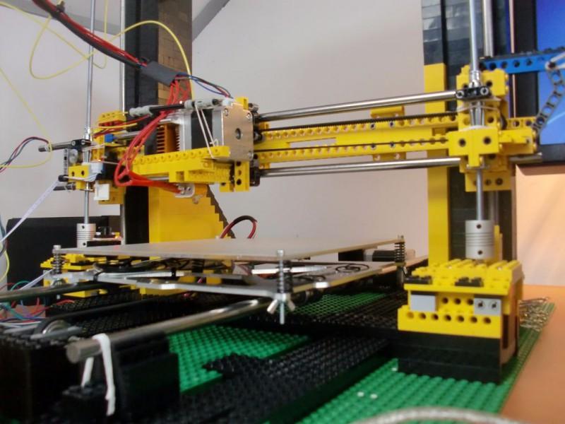 sobiraem-3d-printer-iz-lego-blokov-chast-12