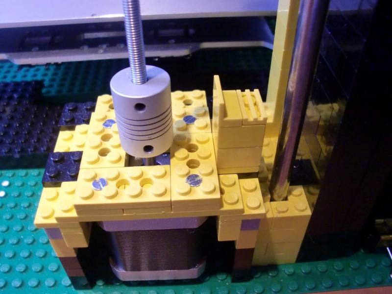 sobiraem-3d-printer-iz-lego-blokov-chast-123