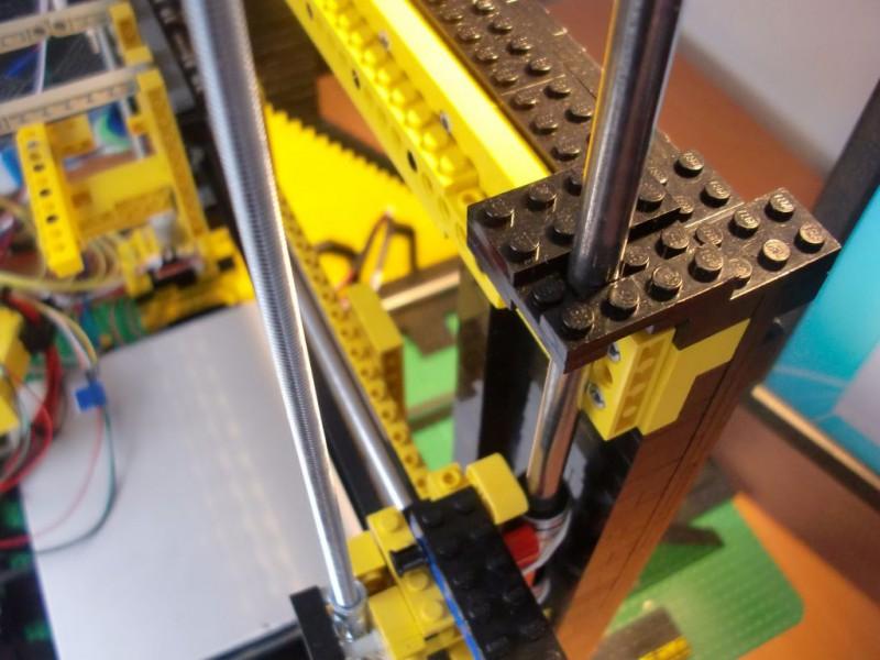 sobiraem-3d-printer-iz-lego-blokov-chast-124
