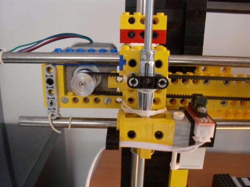 sobiraem-3d-printer-iz-lego-blokov-chast-125