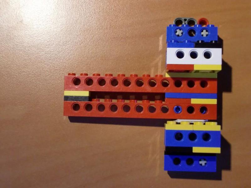 sobiraem-3d-printer-iz-lego-blokov-chast-131