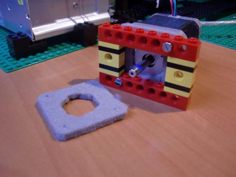 sobiraem-3d-printer-iz-lego-blokov-chast-14