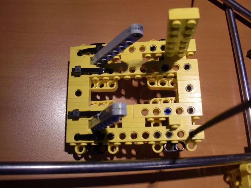 sobiraem-3d-printer-iz-lego-blokov-chast-142