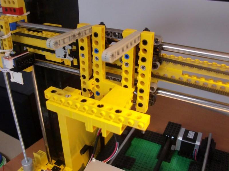 sobiraem-3d-printer-iz-lego-blokov-chast-146