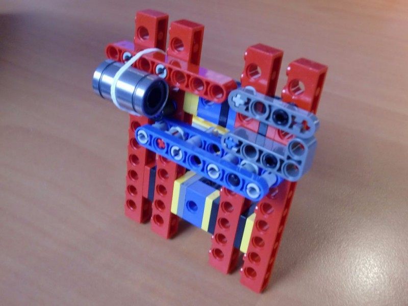 sobiraem-3d-printer-iz-lego-blokov-chast-149