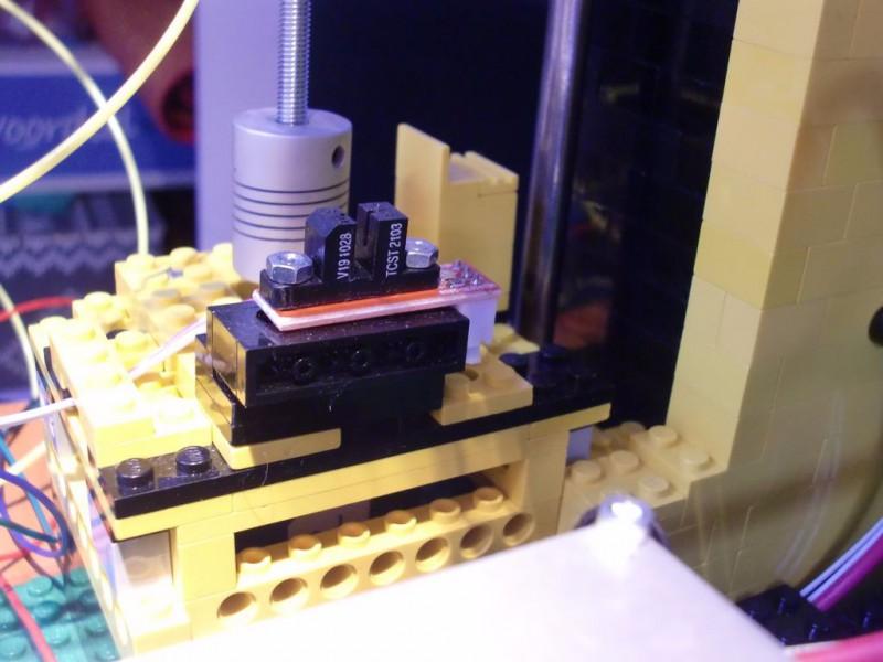 sobiraem-3d-printer-iz-lego-blokov-chast-153