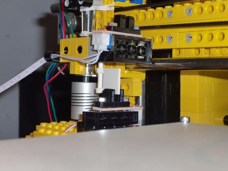 sobiraem-3d-printer-iz-lego-blokov-chast-154