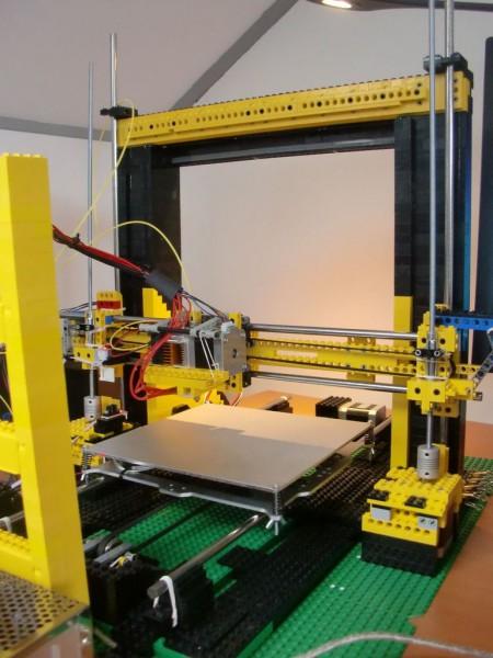 sobiraem-3d-printer-iz-lego-blokov-chast-17