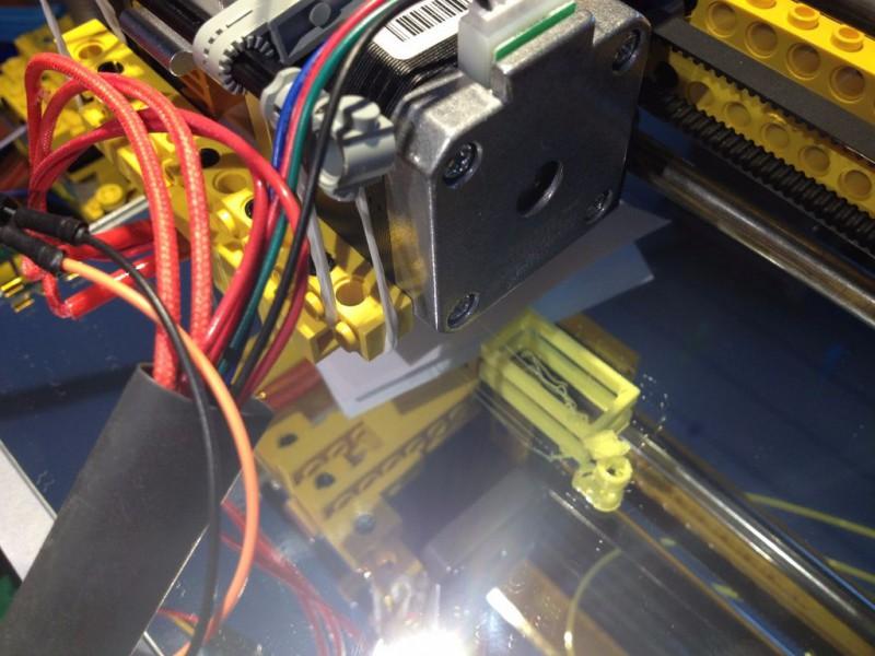 sobiraem-3d-printer-iz-lego-blokov-chast-213