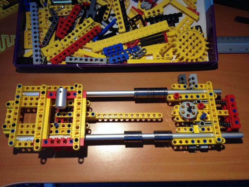 sobiraem-3d-printer-iz-lego-blokov-chast-224