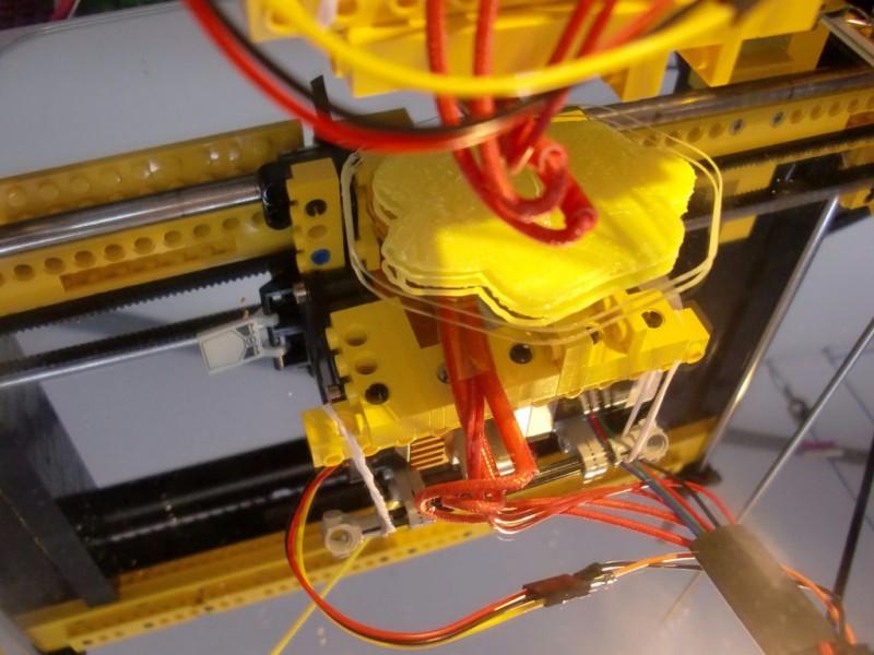 sobiraem-3d-printer-iz-lego-blokov-chast-29