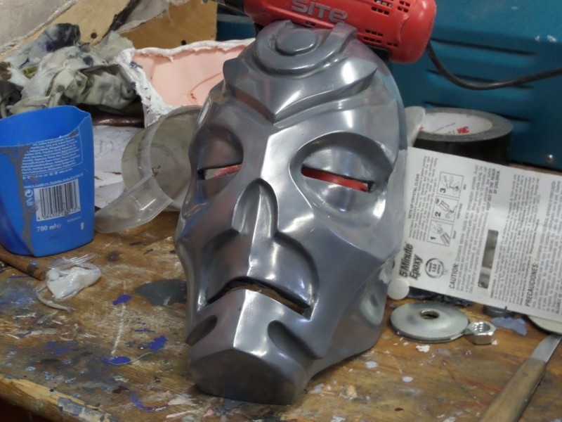 maska-iz-skyrim-holodnoe-lite-i-patinirovanie-svoimi-rukami11