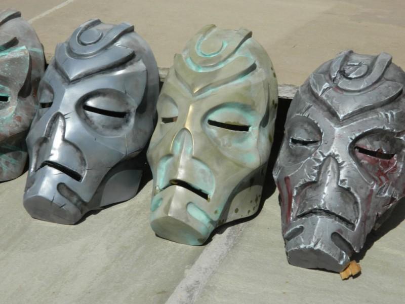 maska-iz-skyrim-holodnoe-lite-i-patinirovanie-svoimi-rukami12