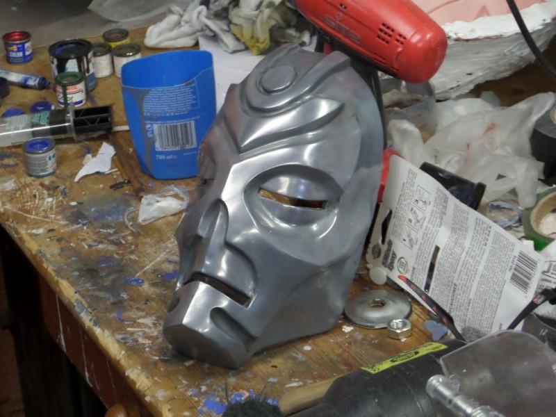 maska-iz-skyrim-holodnoe-lite-i-patinirovanie-svoimi-rukami49