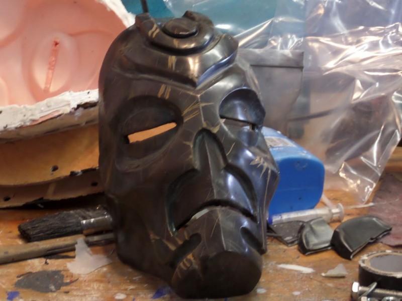 maska-iz-skyrim-holodnoe-lite-i-patinirovanie-svoimi-rukami56