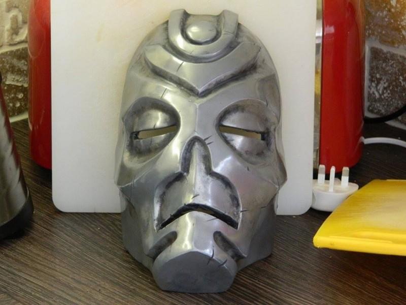 maska-iz-skyrim-holodnoe-lite-i-patinirovanie-svoimi-rukami78