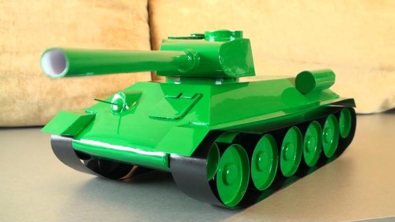 К сделать танк из бумаги т-34 Вязаные шапки 2016
